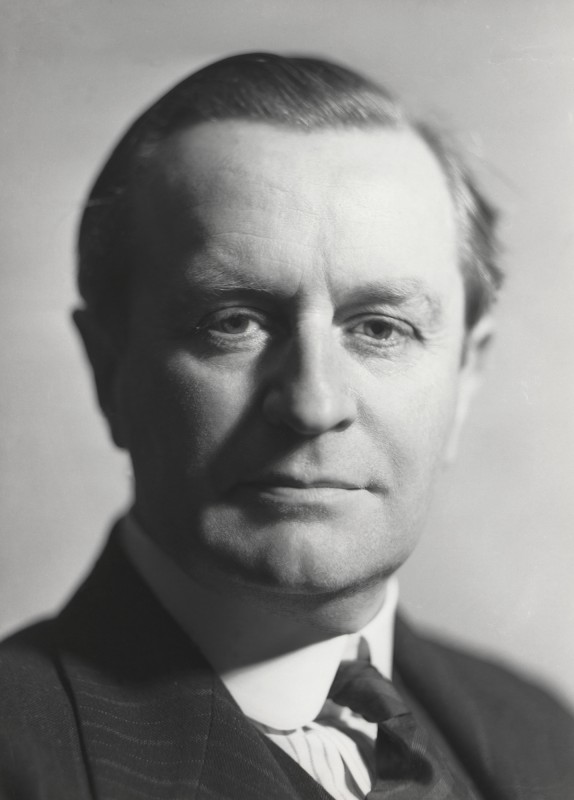 1935. Photograph. National Portrait Gallery, London (NPG x23515).